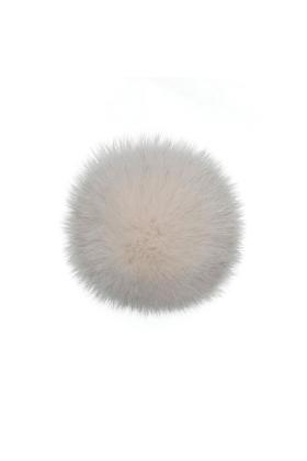 Fox Pom Creamy Ivory